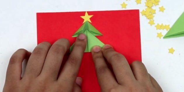 новогодние открытки своими руками: приклейте вторую деталь