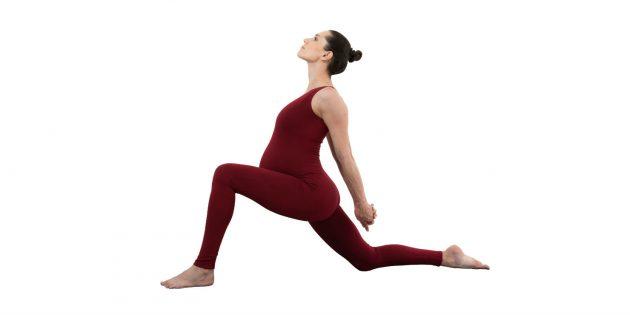 йога для беременных: поза наездника (ашва санчаласана)