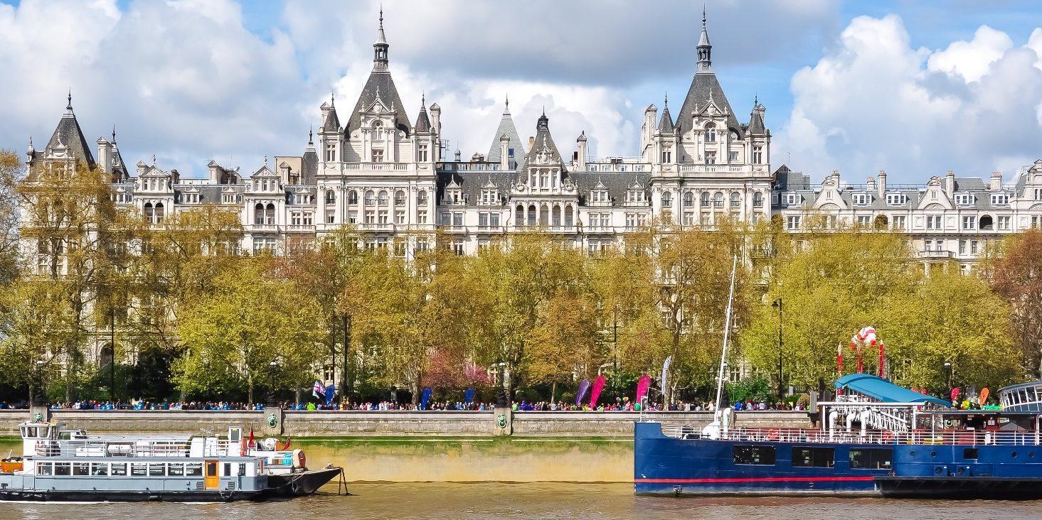 Достопримечательности Лондона: набережная Виктории