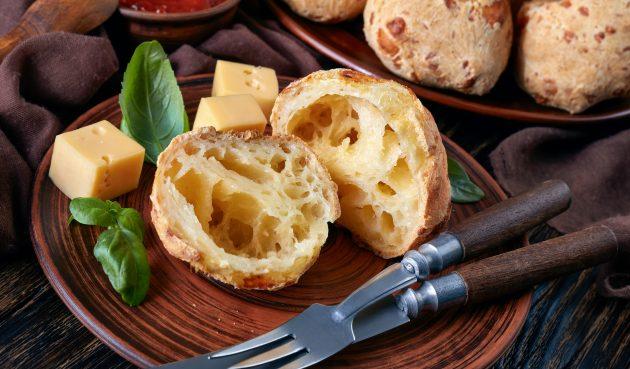 Французские гужеры с сыром
