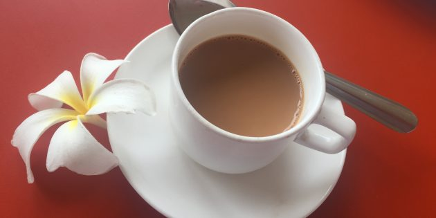 как приготовить имбирный чай с молоком и кардамоном