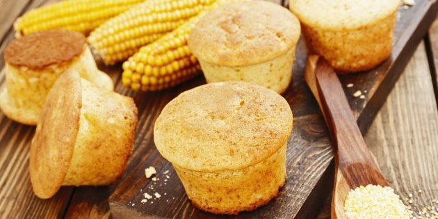 Как приготовить кексы из кукурузной муки: простой рецепт