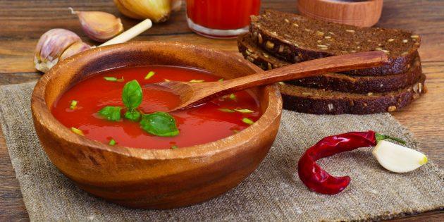 Томатный суп-пюре с чесноком и перцем чили