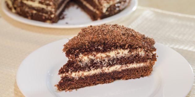 Шоколадный торт с кремом из варёной сгущёнки и сливочного сыра