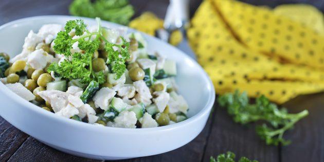 10 sytnyh salatov s kuricej, ot kotoryh vy budete v vostorge