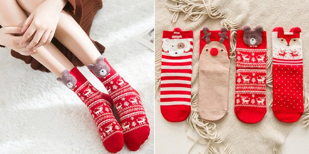 Подарки девушке на Новый год: праздничные носки