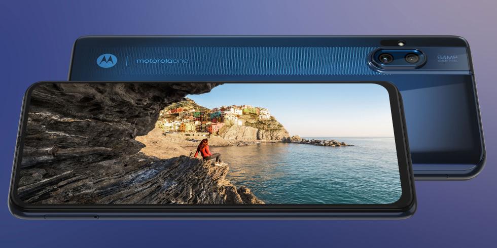 Motorola выпустила смартфон One Hyper с выдвижной камерой и сверхбыстрой зарядкой