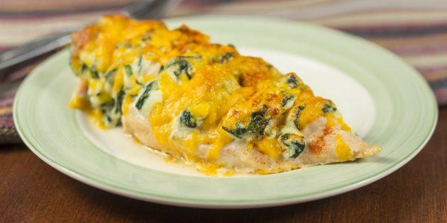 Куриное филе с сыром и шпинатом в духовке
