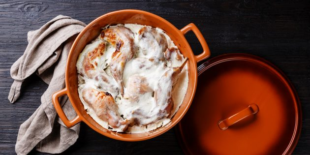 Кролик в духовке в сметанном соусе: лучший рецепт