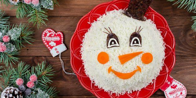 Новогодний салат «Снеговик» с курицей и шампиньонами: простой рецепт