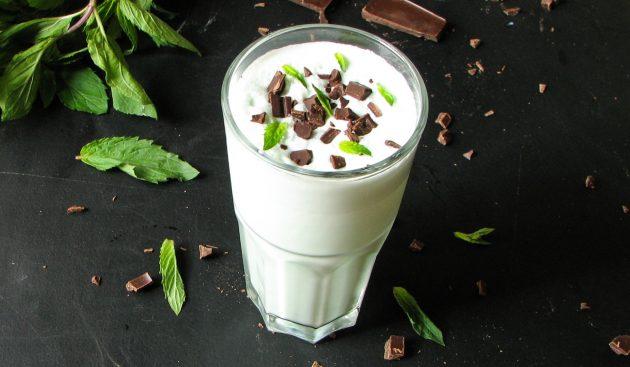 Молочный коктейль с мятой