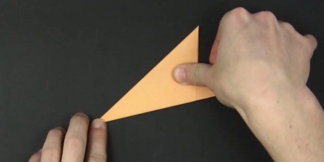 как сделать снежинки из бумаги своими руками: сложите фигуру
