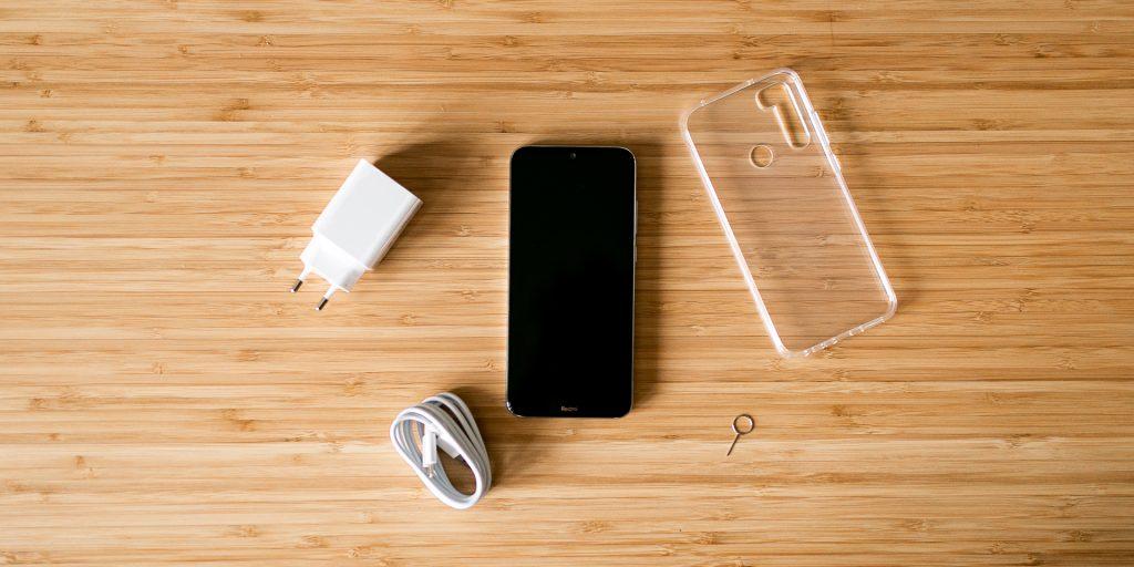 Redmi Note 8T: содержимое коробки