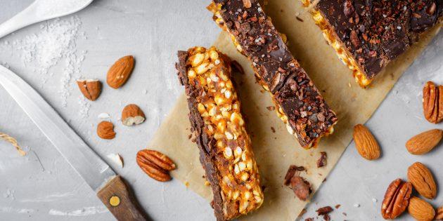 Ореховые батончики с шоколадом и карамелью