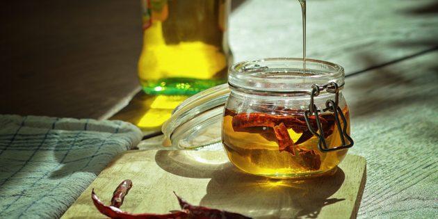 Оливковое масло с перцем чили
