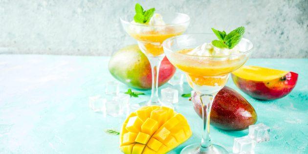 Мангово-ананасовый «лимонад»