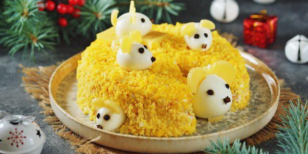 Рецепты салатов на Новый год: «Мышки на сыре» с ветчиной и яблоком
