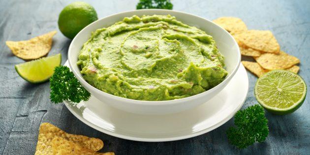 Гуакамоле из авокадо с лаймовым соком