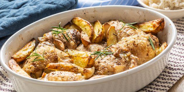 Курица с картофелем и специями в духовке