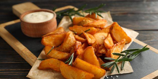 Запечённый картофель с чесноком и паприкой
