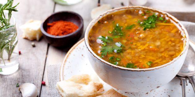 Суп из чечевицы с болгарским перцем и пряностями