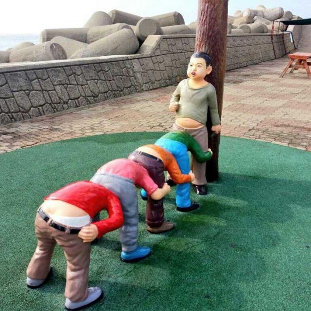 ужасный дизайн детской площадки
