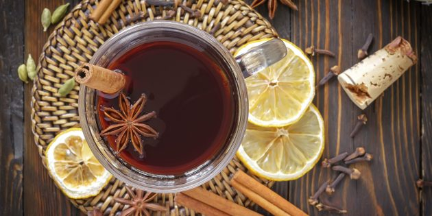5 otlichnyh receptov sogrevayushchego groga