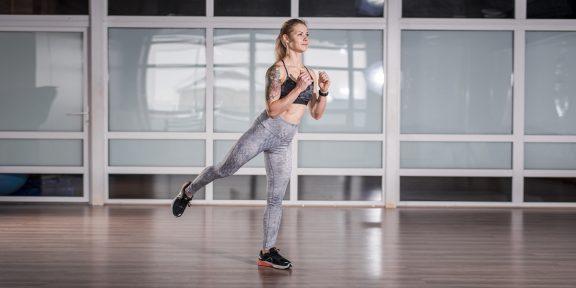 5 кругов ада: короткая домашняя тренировка для железных мышц