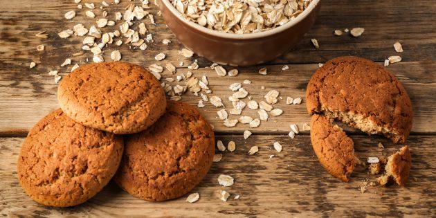 Как приготовить овсяное печенье с мёдом и сметаной