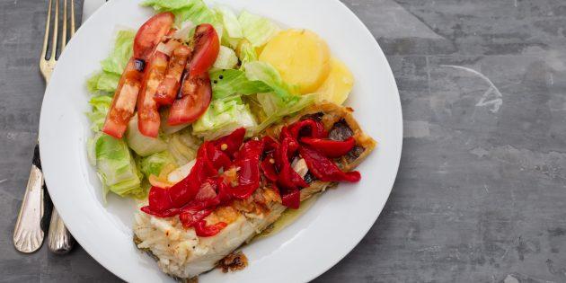 Рыба в духовке: треска с болгарским перцем