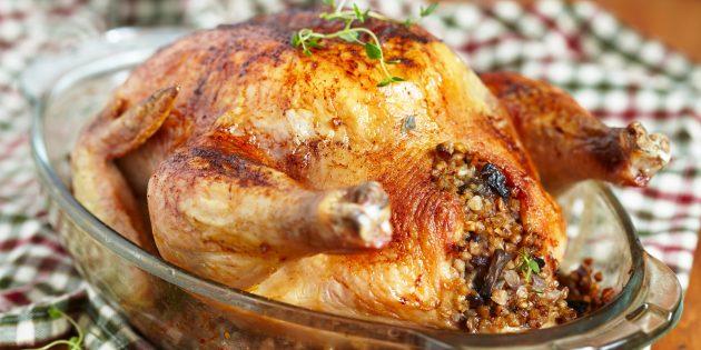Фаршированная курица с грибами и гречкой: простой рецепт