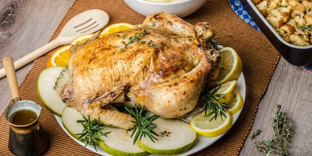 Фаршированная курица с лимоном и чесноком: простой рецепт