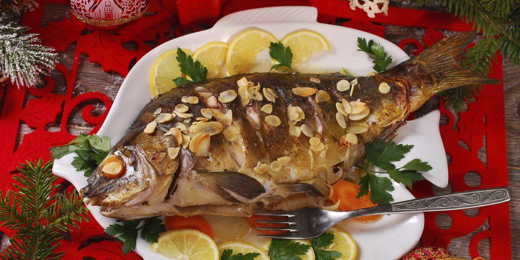 Приготовить красную рыбу в духовке с лимоном