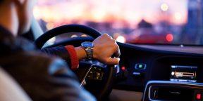 Исследование: владельцы автомобилей BMW и Mercedes часто оказываются мудаками