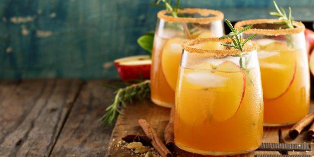 Фруктовая сангрия с яблоком и апельсином