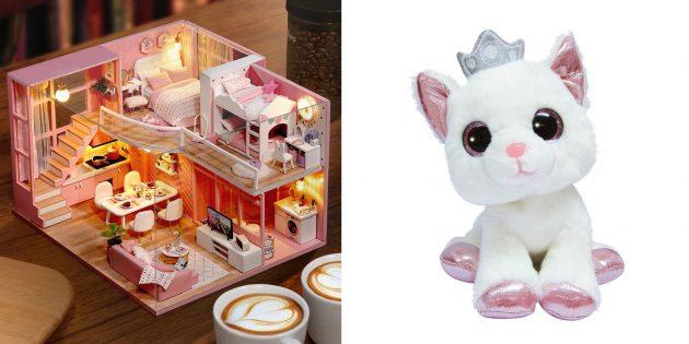 Что подарить девочке на 8Марта: кукла или мягкая игрушка