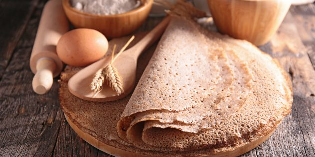 Блины из гречневой и пшеничной муки: простой рецепт