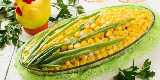 Рецепт праздничного салата «Початок кукурузы» с яйцами и сыром