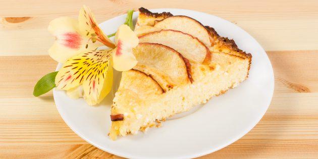 Пирог с творогом и яблоками: простой рецепт