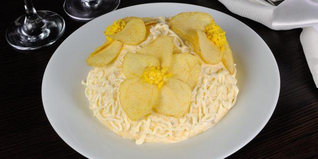 Рецепт салата «Невеста» с жареной курицей и пекинской капустой
