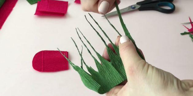 Букет из конфет своими руками: скрутите бумагу