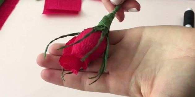 Букет из конфет своими руками: оформите бутон