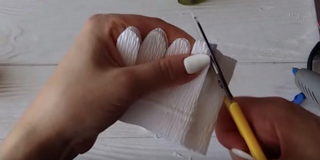 Как сделать букет из конфет своими руками: оформите лепестки