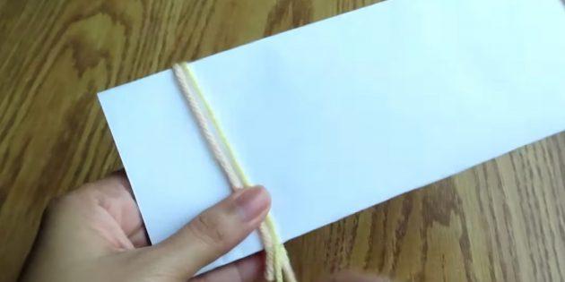 Накиньте нитки на бумагу