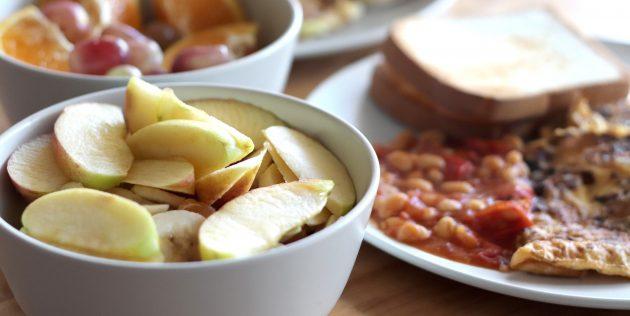 Применение соли: защитите от потемнения нарезанные яблоки