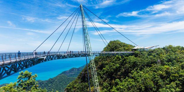 Достопримечательности Лангкави: небесный мост на горе Гунунг Мат Чинканг на острове Лангкави