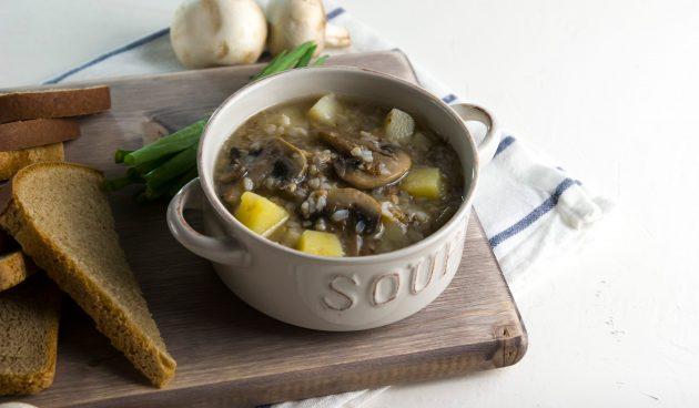 Веганский гречневый суп с грибами