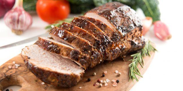 Запечённая свинина с имбирём, чесноком и перцем чили