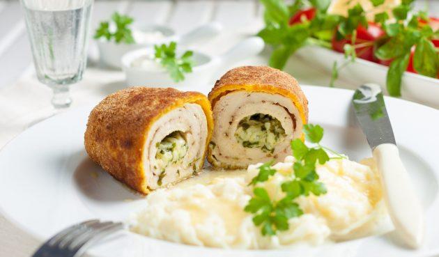Котлеты по-киевски с сыром и зеленью