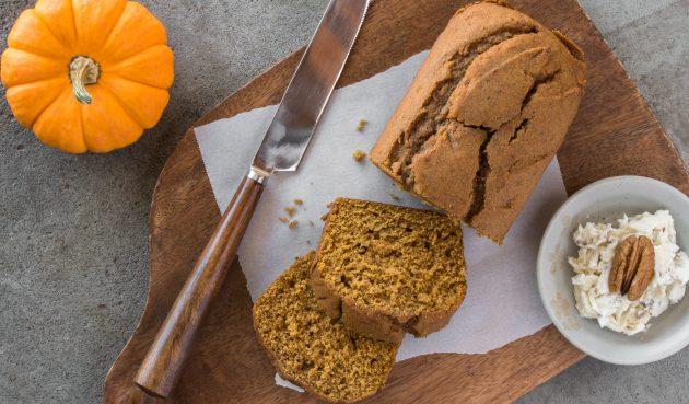 Тыквенный кекс с имбирём и мёдом